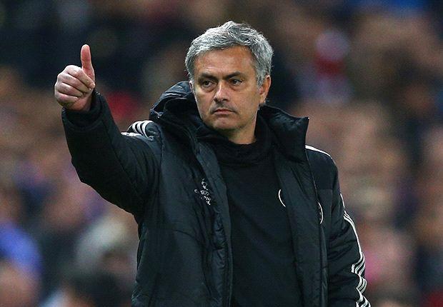 Chelsea Mestinya Pecat Mourinho