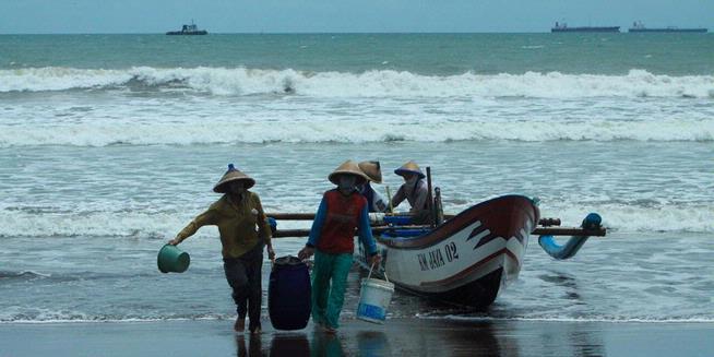 DKP Bone Bantuan Kelompok Nelayan