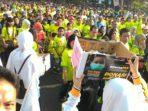 Warga Makassar Antusias Sumbang Korban Asap