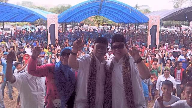 Massa dan Simpatisan LHD-AZAS Tumpah di Lapangan Takalalla