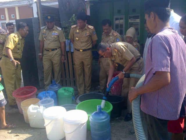 Antisipasi Krisis Air, Bupati Bagi Air Bersih