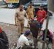 Satgas Kecamatan Panakkukang Membersihkan Drainase