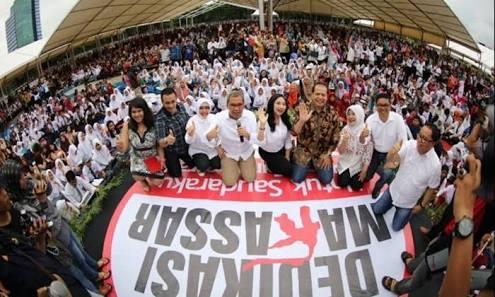 Danny Pomanto Menantang Walikota se-Indonesia Berbagi Buku