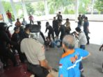Oknum Brimob Keroyok Wartawan di DPRD Makassar