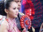 selfi-wakil-soppeng-sulawesi-selatan-juara-liga-dangdut-indonesia_20180515_073219