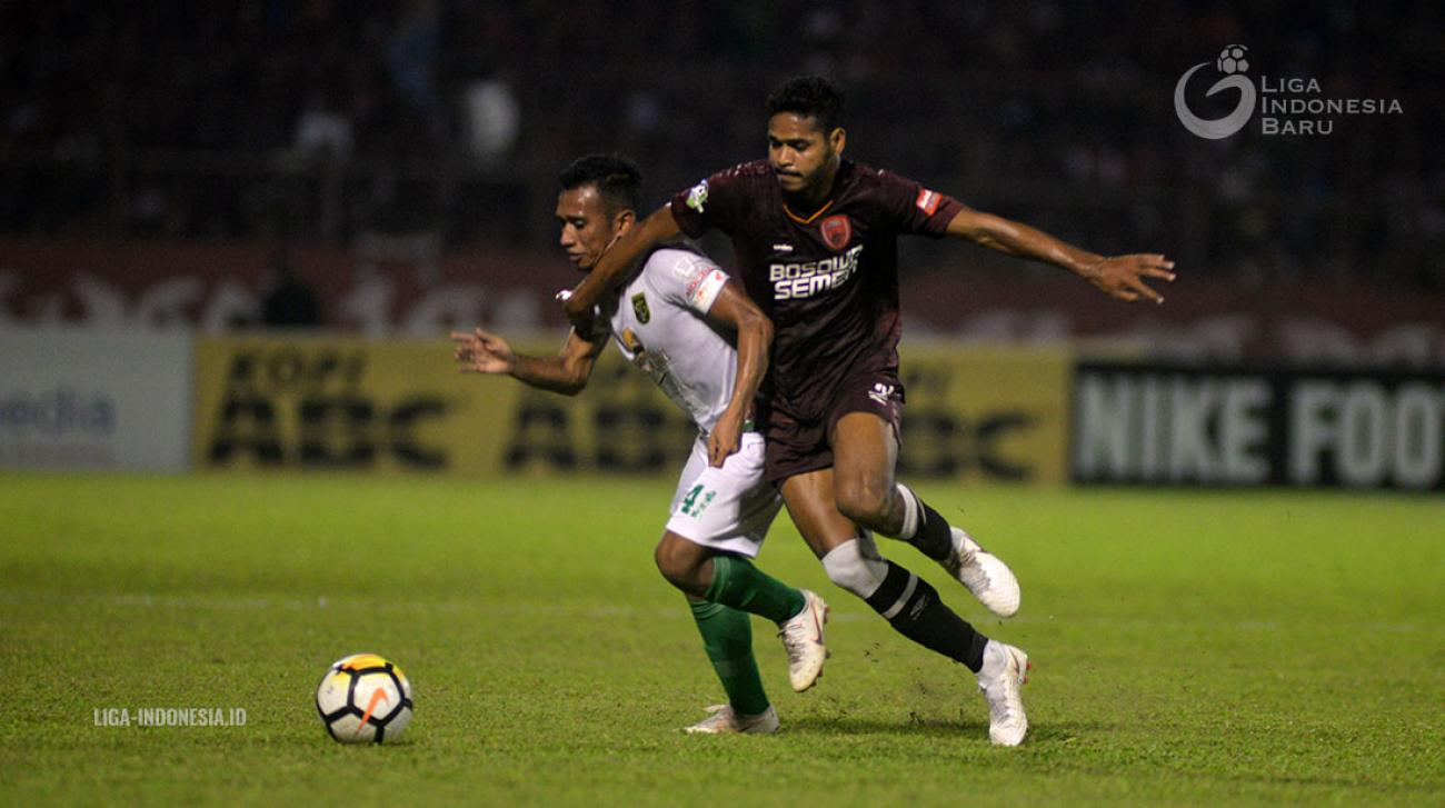 Image Result For Persebaya Vs Psm Makassar