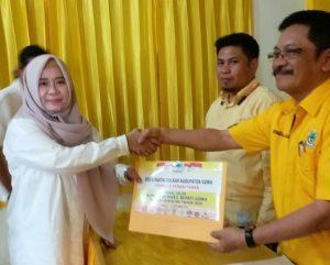 Andi Nurhikmah Daeng Cora mendaftar di Partai Golkar