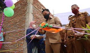 Ilham Azikin Resmikan Lima Unit IPAL dan 200 Jamban Individual