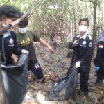 Lazimu Gelar Aksi Go Clean di Ekowisata Lantebung Makassar