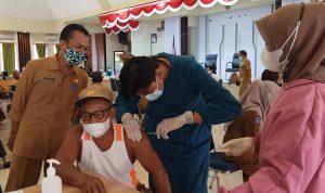 Pemda Lutra Masifkan Vaksinasi, 9 Tim Vaksinator COVID-19 Disebar