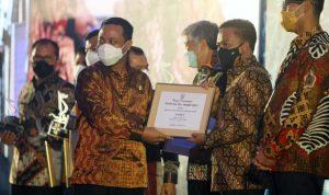 Daerah Investasi, Bantaeng Raih Dua Penghargaan Pinisi Sultan