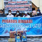Tim UQ Pegasus Peduli Bantu Korban Kebakaran di Bontoduri Makassar